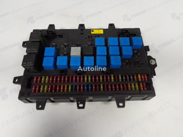 Fuse relay protection box  5010428876,5010231782,5010561943 caixa de fusíveis para RENAULT MAGNUM camião tractor