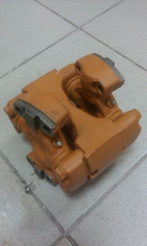 soedinitelnaya (universalnaya) mufta SHANTUI SD13 caixa de velocidades para bulldozer nova