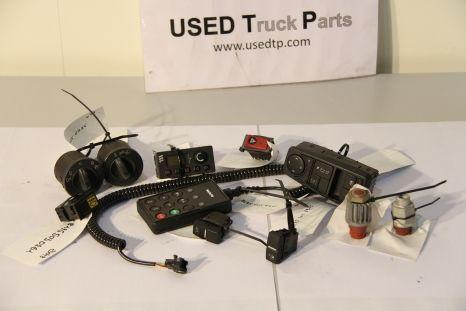 Diverse schakelaars en bedieningen centralina para MAN camião tractor