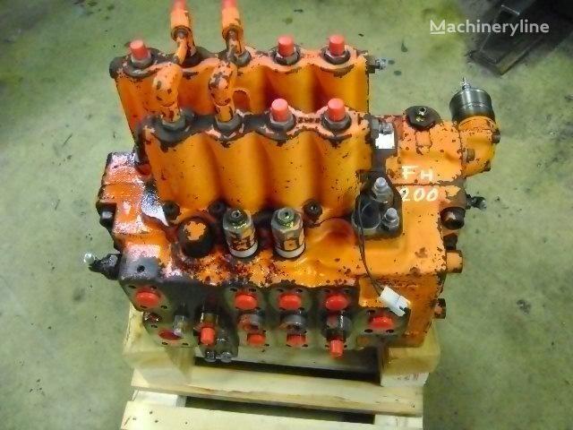 FIAT-HITACHI distribuidor para FIAT-HITACHI  FH 200 escavadora