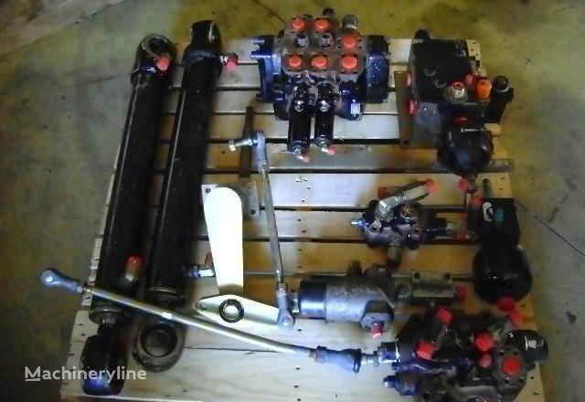 distribuidor para FIAT-HITACHI  W 230 carregadeira de rodas