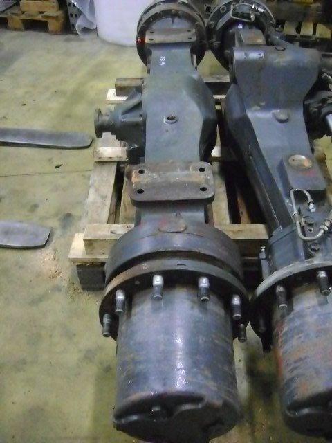 eixo para KOMATSU Pw 130  escavadora
