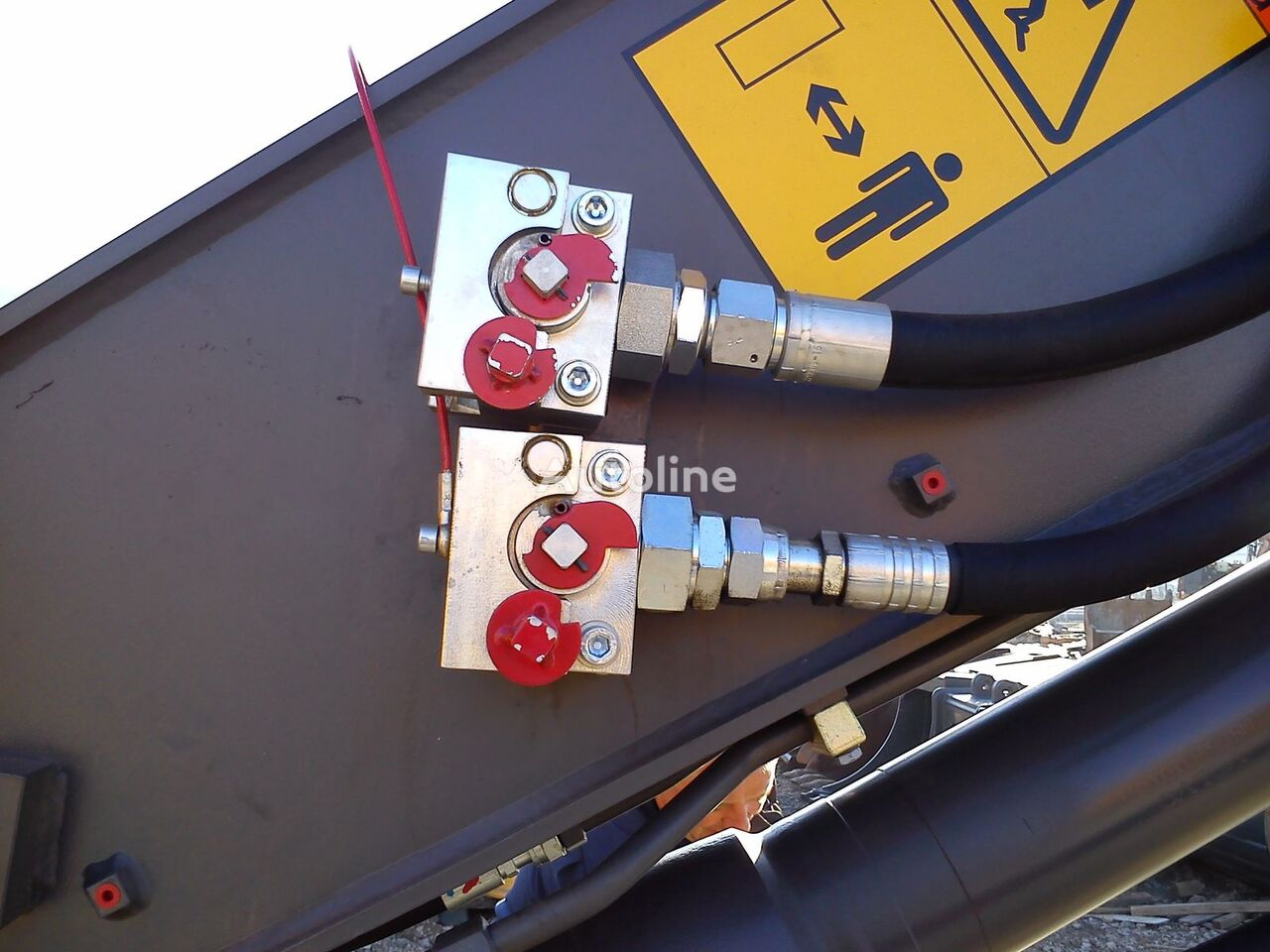 coupler B-Quick for hydraulic hoses Balavto engate rápido novo