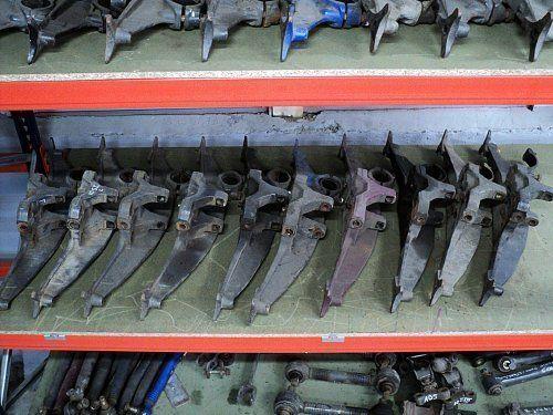 DAF MOCOWANIE PODUSZEK ZAWIESZENIA fixadores para DAF XF 95 / XF 105 camião tractor