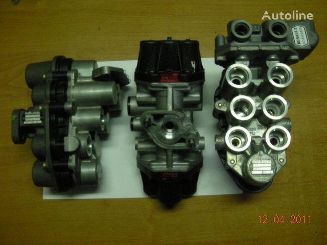 ZB4587 AE4510  AE4525 AE4502 AE 4528 AE4604  AE4162 grua para camião tractor