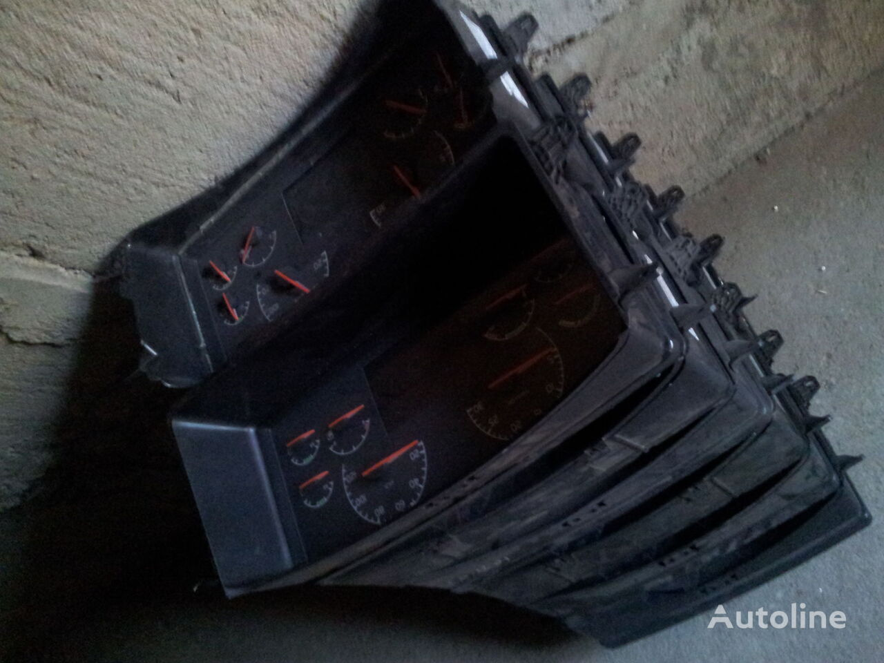 VOLVO FH12, FH13, combination kit 21842984 cluster, instrument cluster, 21542185, 21542194, 21542195, 21842984, 85135219, 85131298, 21842985, 85135219, 85131298, 21842994, 85135219, 85131298 painel de instrumentos para VOLVO FH13 camião tractor
