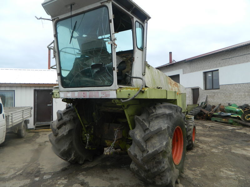 b/u zapchasti/ used spare parts CLAAS peças sobressalentes para CLAAS JAGUAR 690 ceifeira de milho