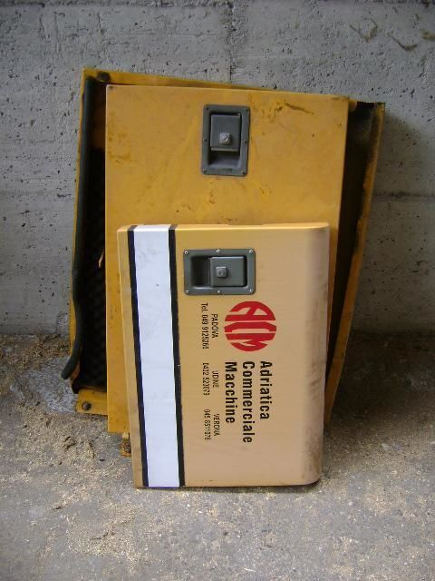 Cofani peças sobressalentes para LIEBHERR 902 escavadora