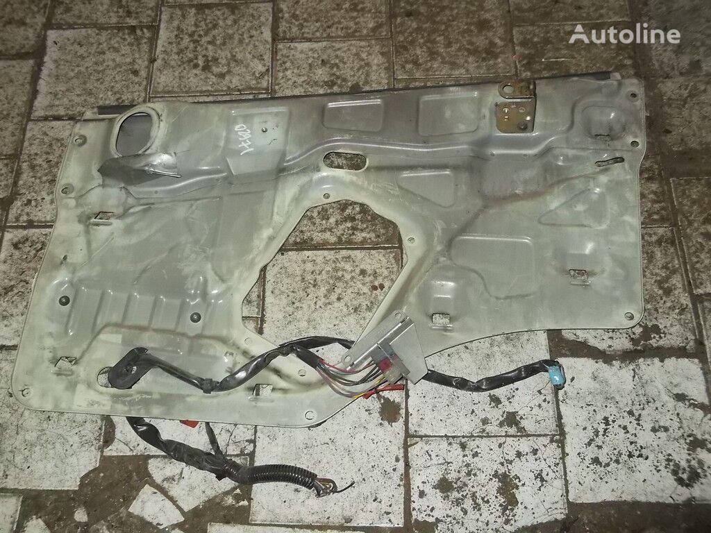 Nakladka dveri RH  SCANIA peças sobressalentes para SCANIA camião