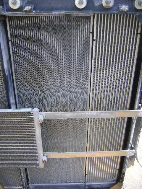 radiador de água para NEW HOLLAND E 385 B escavadora