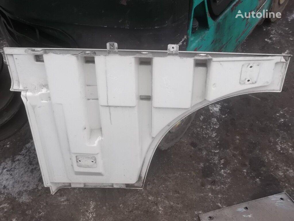 Nakladka dveri peredney pravoy DAF revestimento para camião
