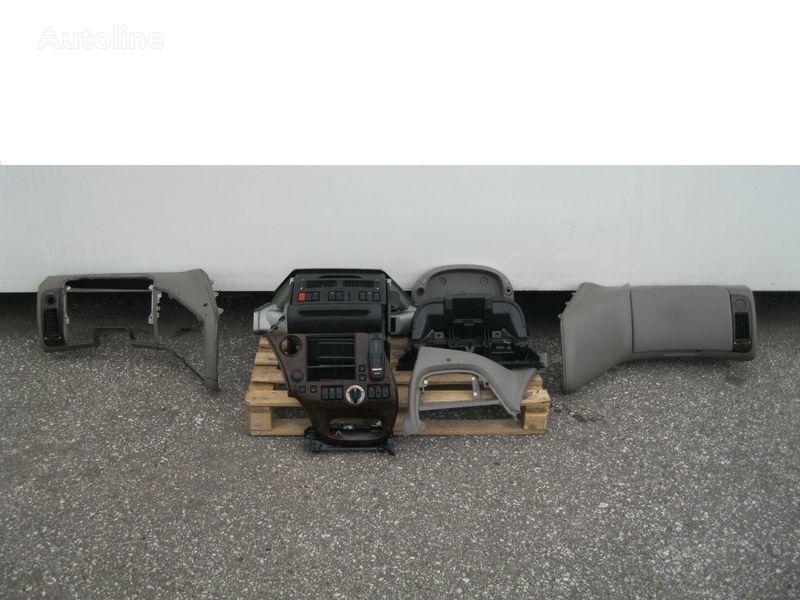 DAF WYPOSAŻENIE WNĘTRZA KABINY SSC revestimento para DAF XF 105 camião tractor