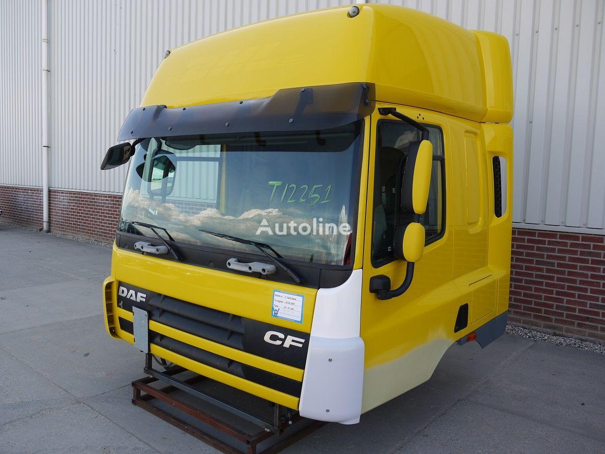 cabina para DAF CF75 SPACE CAB camião tractor acidentados