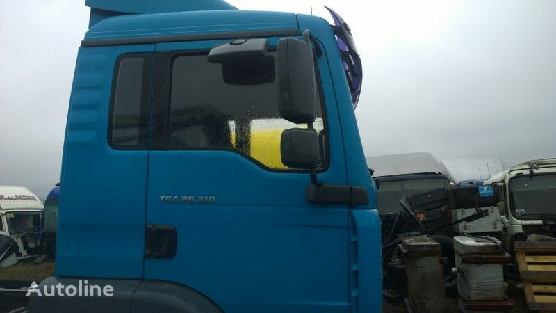 cabina para MAN TGA budowlana dzienna - 21000 zl. netto camião tractor
