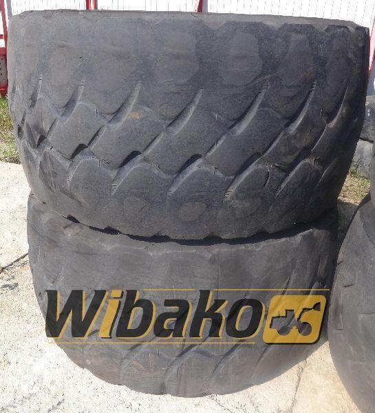 775/65/29 (24/45/28) pneu de camião