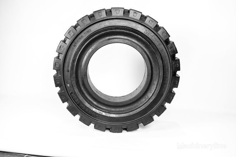 250h15  Emrald pneu para empilhadeira