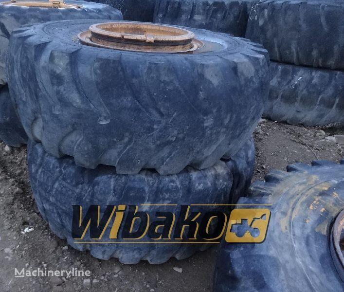 23.5/25 (12/37/32) pneu para escavadeira