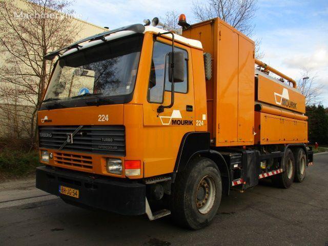 TERBERG FL1450 camião aspirador