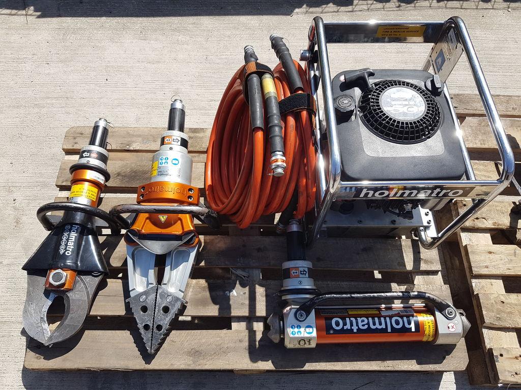 ANGLOCO- HOLMATRO CUTTING SINGLE CORE  equipamento de combate a incêndios